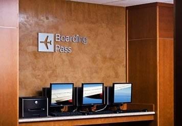 courtyard-boston-logan-airport-traveller-services
