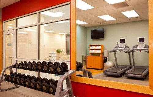 Embassy Suites Boston fitness