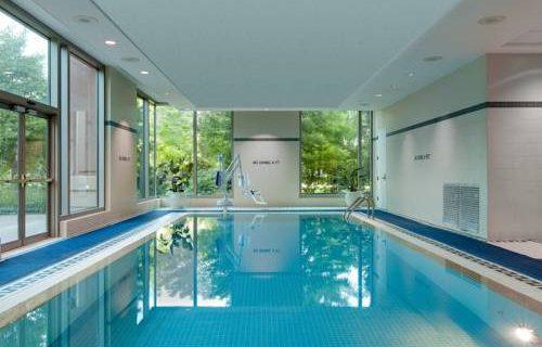 hilton-boston-logan-airport-pool